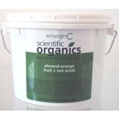 Almond-Orange Fruit And Nut Scrub (salong)